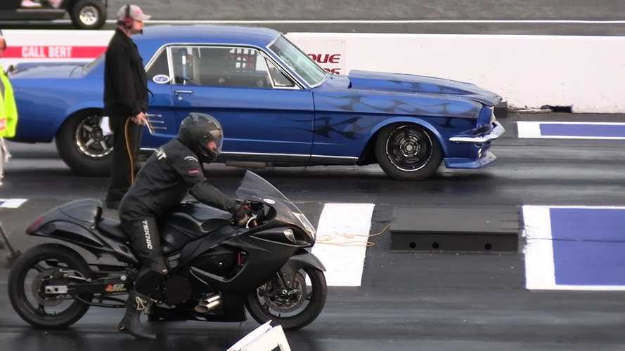 Watch A Mustang Get The Drop On A Hayabusa At A Drag Strip