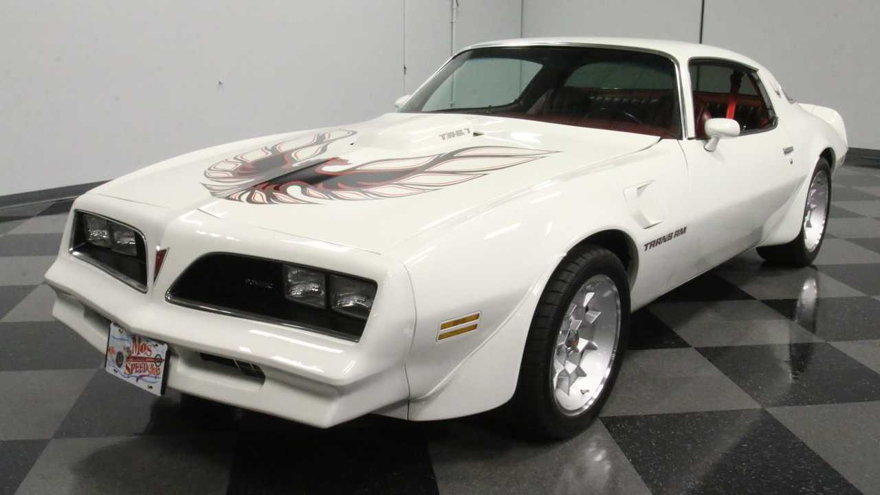 1978 Pontiac Firebird Trans Am Is An Impressive Restomod