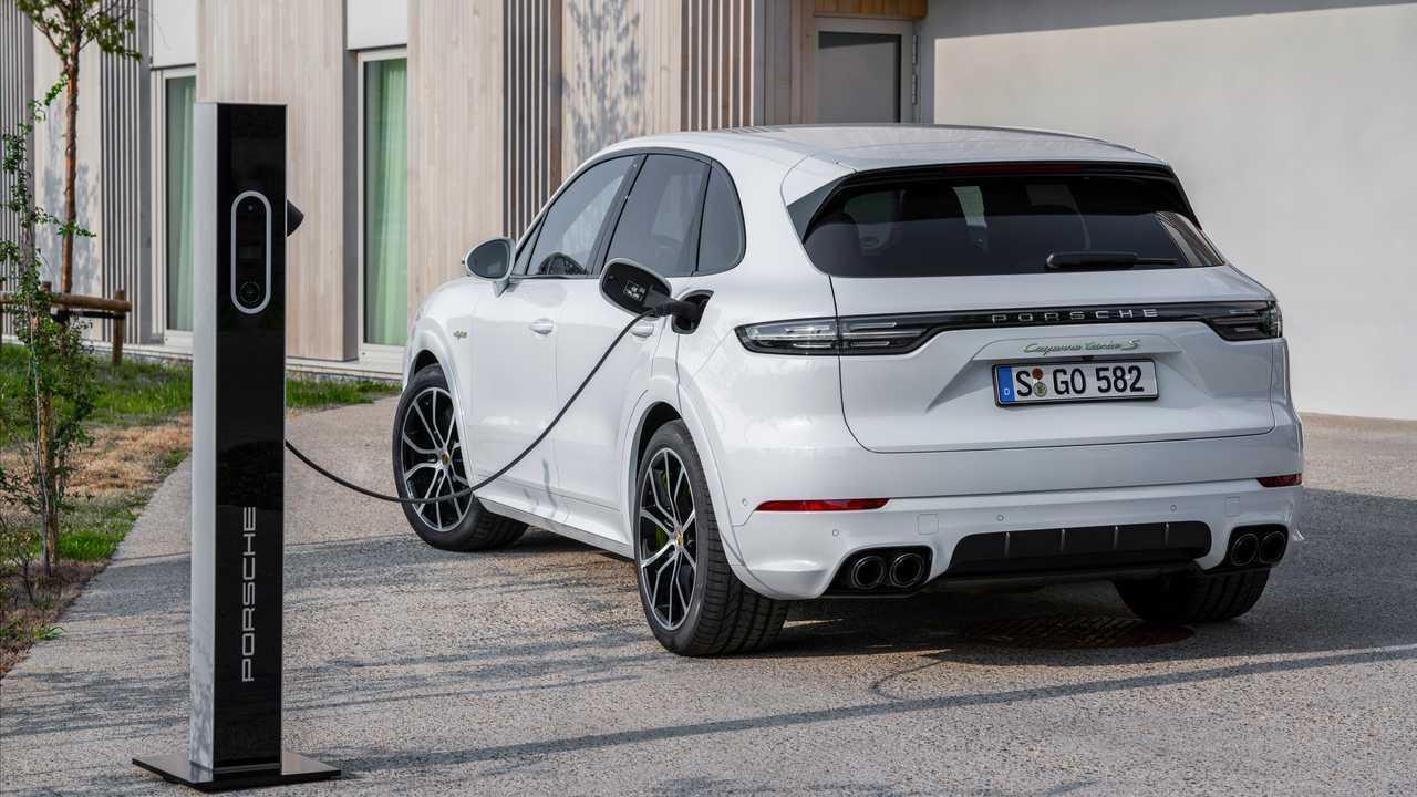 2020 Porsche Cayenne Turbo S E-Hybrid, Coupe Turbo S E-Hybrid e Coupe E-Hybrid