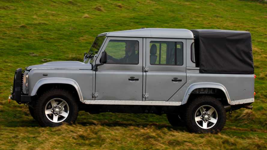 Land Rover Defender truck possible with help from another automaker
