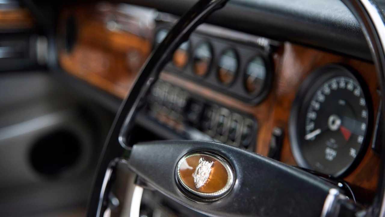 Queen Mother's Jaguar V12