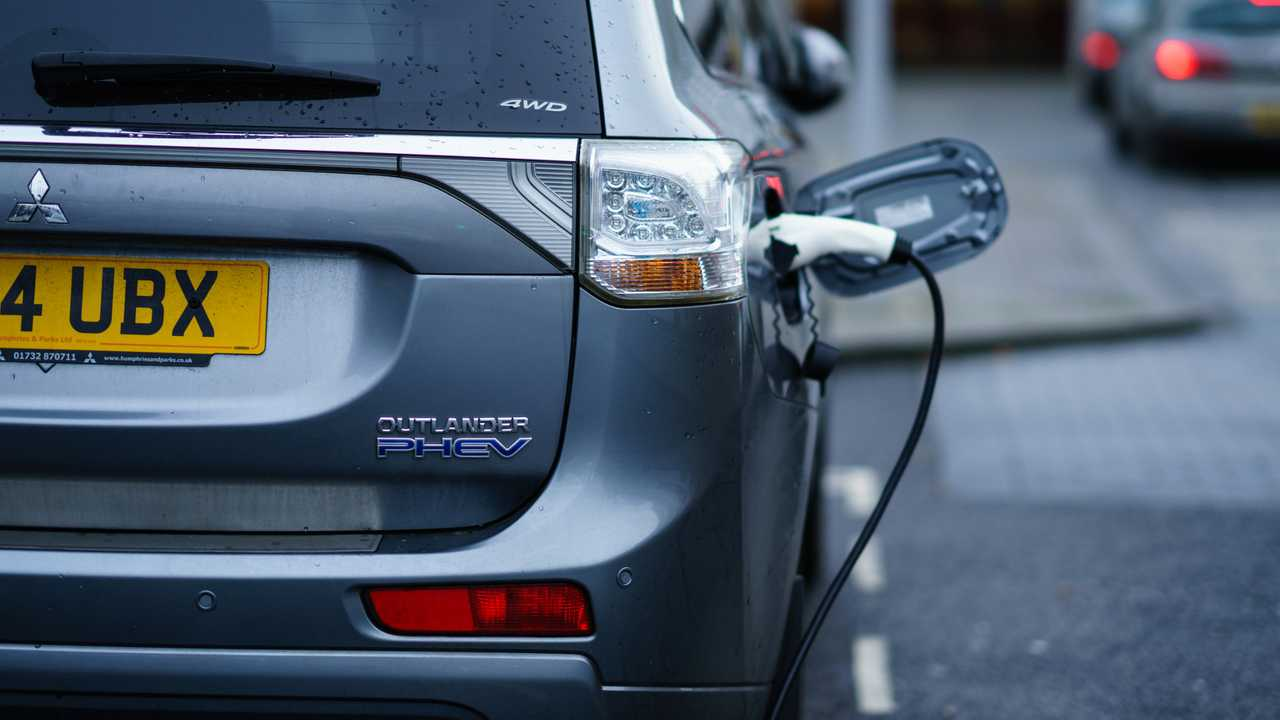 Mitsubishi Outlander PHEV hybrid on street charging in Coventry UK