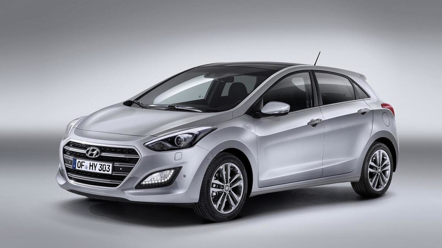 Hyundai to introduce an updated Elantra GT in Chicago
