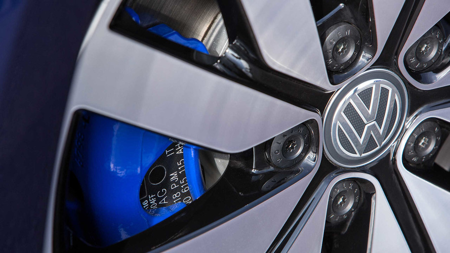 Volkswagen delivers 150 millionth car to nice lady in Norway