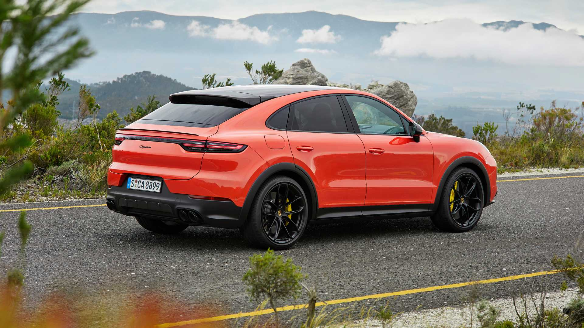 2020 Porsche Cayenne Coupe GT5 Gets Lambo Urus Engine >> Porsche Cayenne Coupe Gt Coming With Lamborghini Urus Power