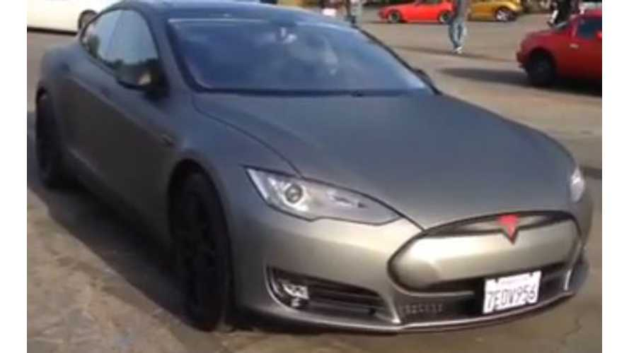 Tesla Model S Gets Gunmetal Gray Wrap - Video