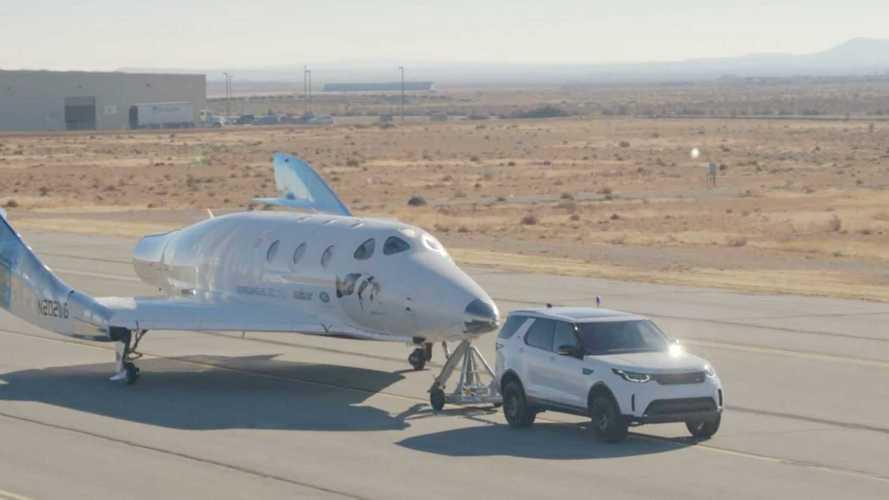 Land Rover, anche i SUV aiutano ad arrivare nello spazio