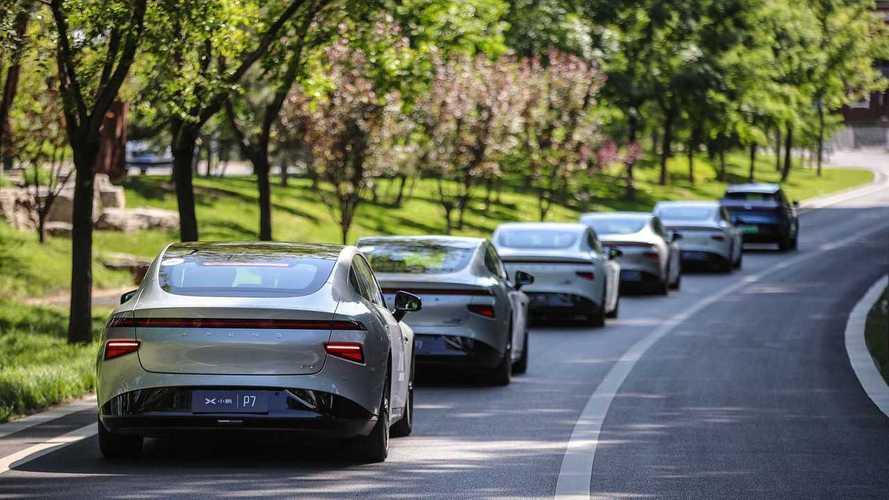 Startup chinesa bate recorde com frota que rodou 3.000 km no piloto automático