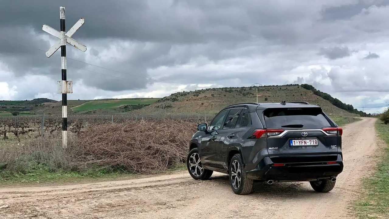 Primera prueba Toyota RAV4 Plug-in 2021
