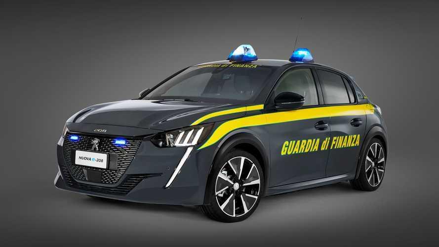La Guardia di Finanza italiana se pasa al coche eléctrico