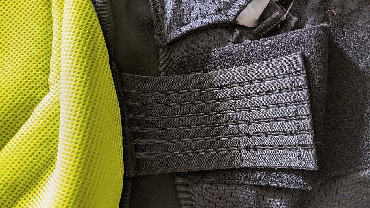 Dainese D-air Smart Jacket, Details, Adjustment belt