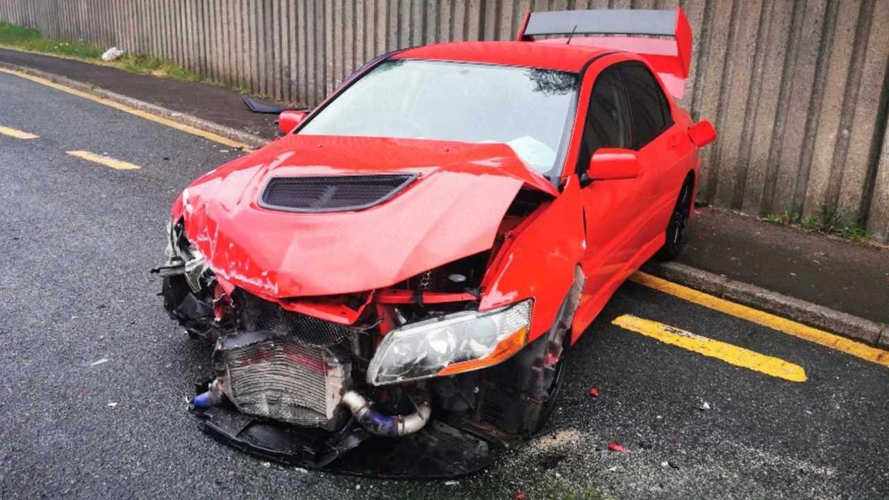 Mitsubishi Lancer Evo IX baleset