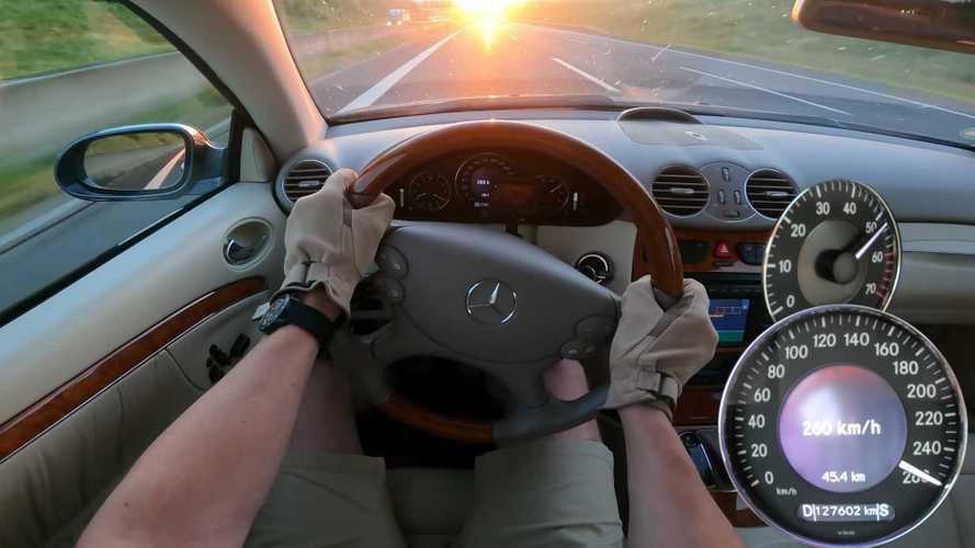 Old Mercedes CLK Puts V8 Engine To Work In Autobahn Top Speed Run