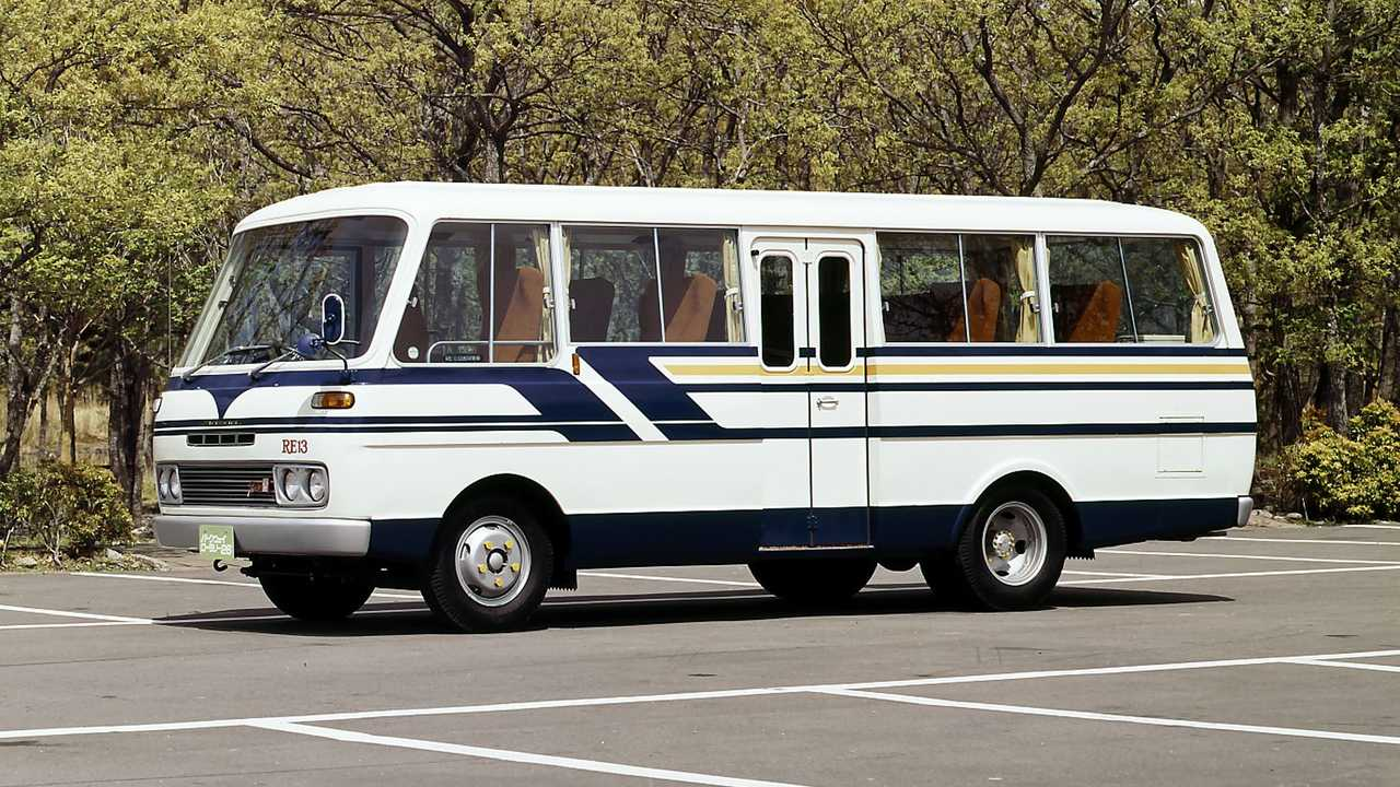Mazda Parkway Rotary 26, il bus con motore rotativo