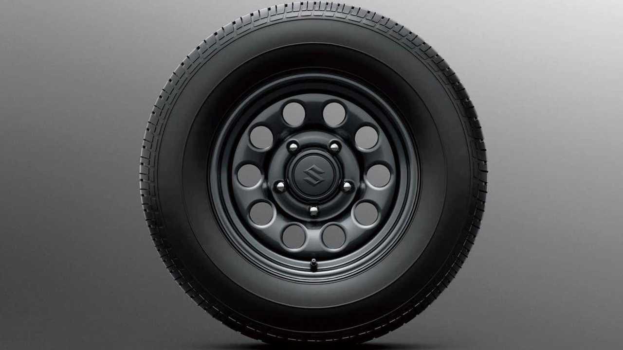 Suzuki Jimny Lite, la versione base della fuoristrada giapponese
