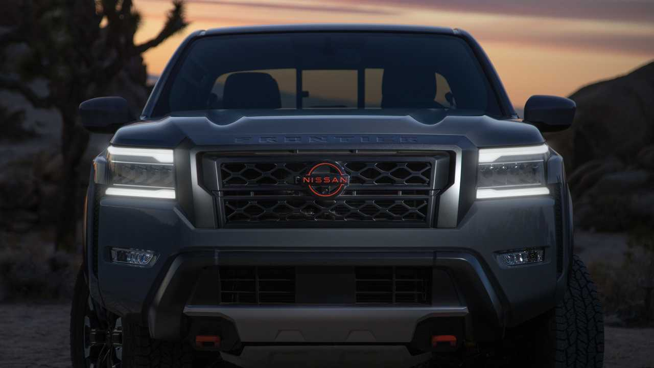 Front End Exterior Nissan Frontier 2022