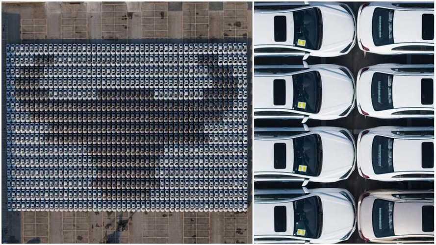 Sambut Imlek, Geely Bikin Mosaik Mobil Terbanyak di Dunia, Imej Kerbau