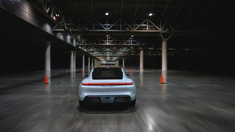 Porsche Taycan Turbo S: Indoor-Temporekord