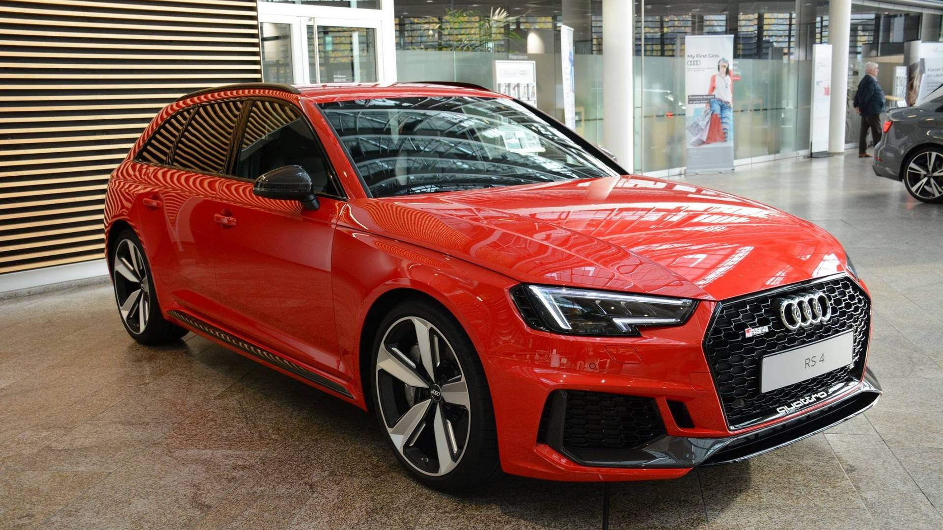 This Audi RS Avant Looks Bloody Good - Red audi