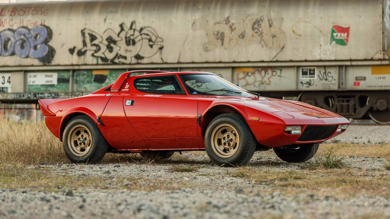 1974 lancia stratos hf stradale for sale | motor1 photos