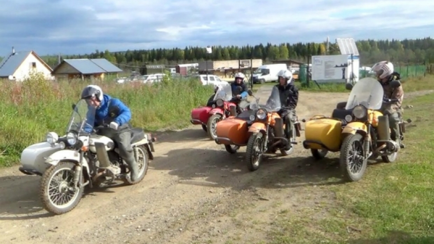 Ural Motorcycles: i dirigenti alle prese con i quality test