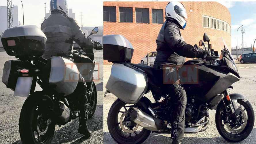 BMW, primi test per una nuova sport tourer