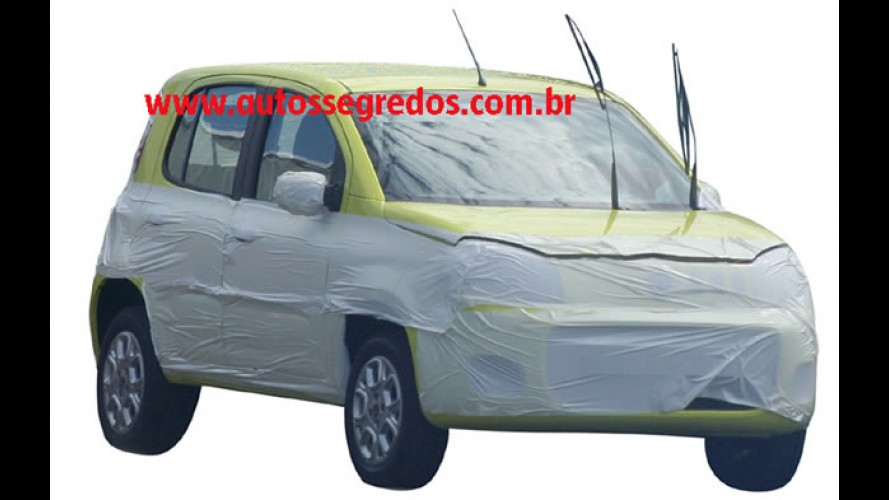 Novo Fiat Uno 2011 é flagrado com pouca roupa e com pintura em cor vibrante