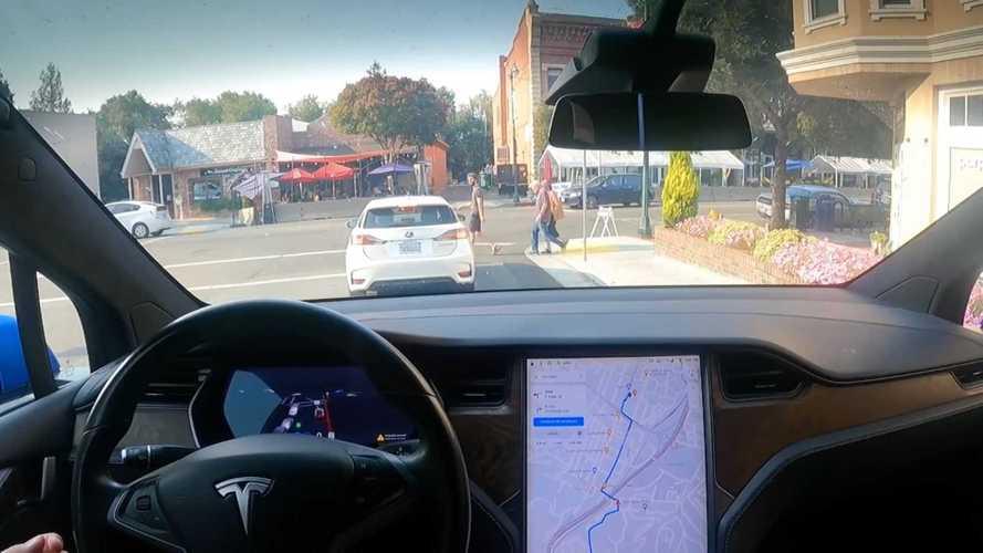 Nem tett jót a Tesla részvényeinek, hogy hivatalos hatósági vizsgálat indult az önvezető rendszerekkel szemben