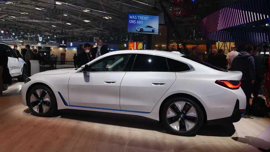 BMW i4: potenza, autonomia, foto e prezzi dell'anti Tesla Model 3