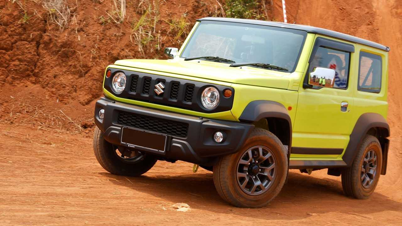 Jimny jadi salah satu andalan Suzuki.