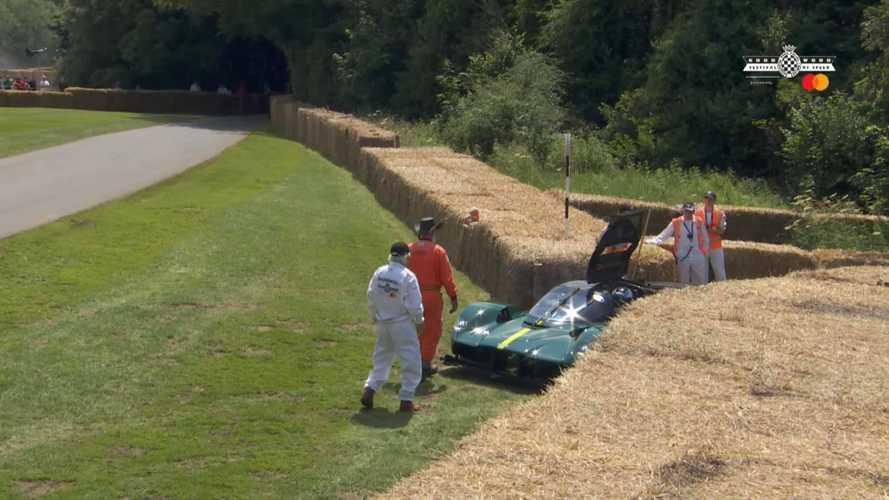 Egy kétezer forintos alkatrész okozta az Aston Martin Valkyrie lerobbanását Goodwoodban