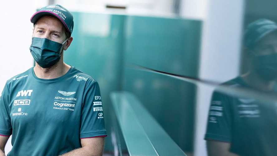 Vettel, cupido de la F1 en una romántica pedida de mano