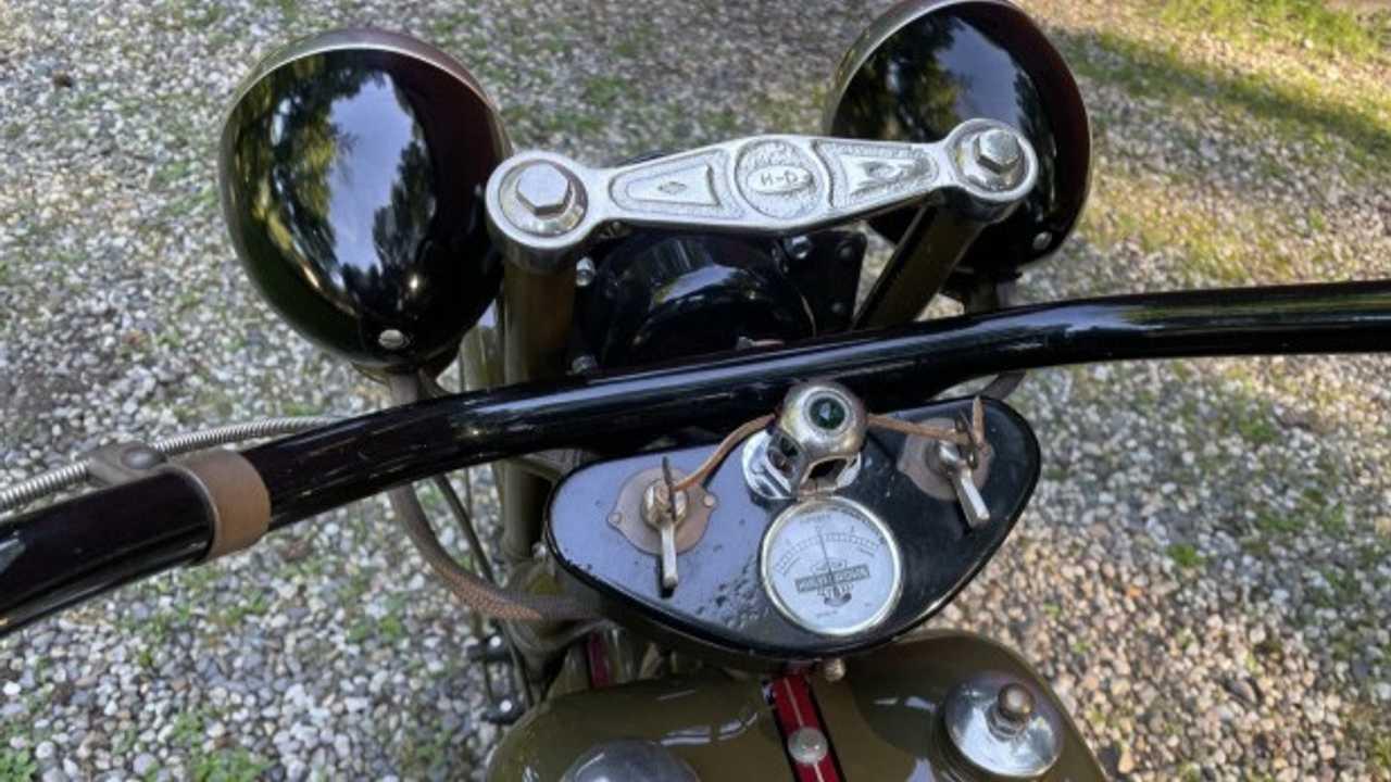 1929 Harley-Davidson Model J Bring Trailer