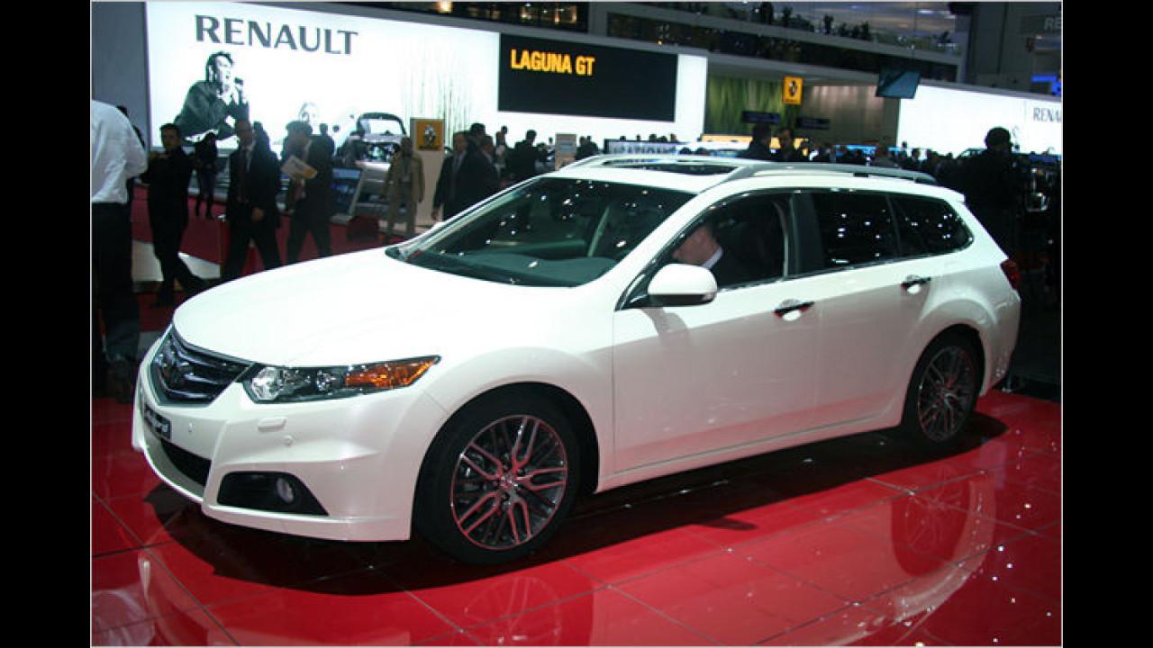 Honda Accord: Das Mittelklassefahrzeug ist als Limousine und als Kombi zu sehen