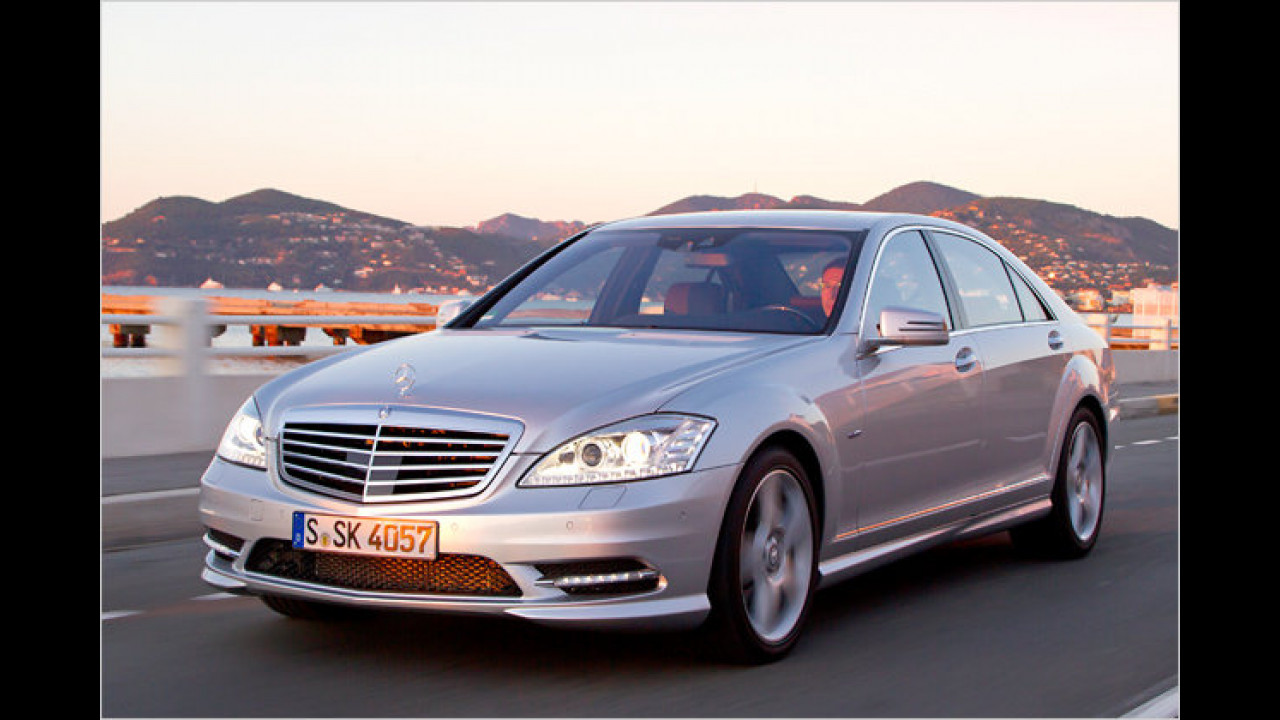 Mercedes S 500 BlueEfficiency 7G-Tronic Plus