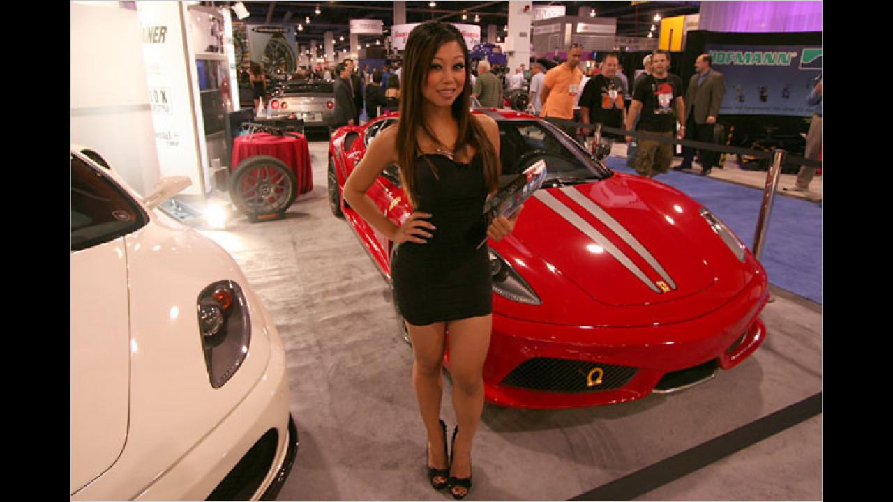 Ach ja, geben Sie uns doch einen Ferrari-Prospekt. Falls wir im Lotto gewinnen, schauen wir mal rein
