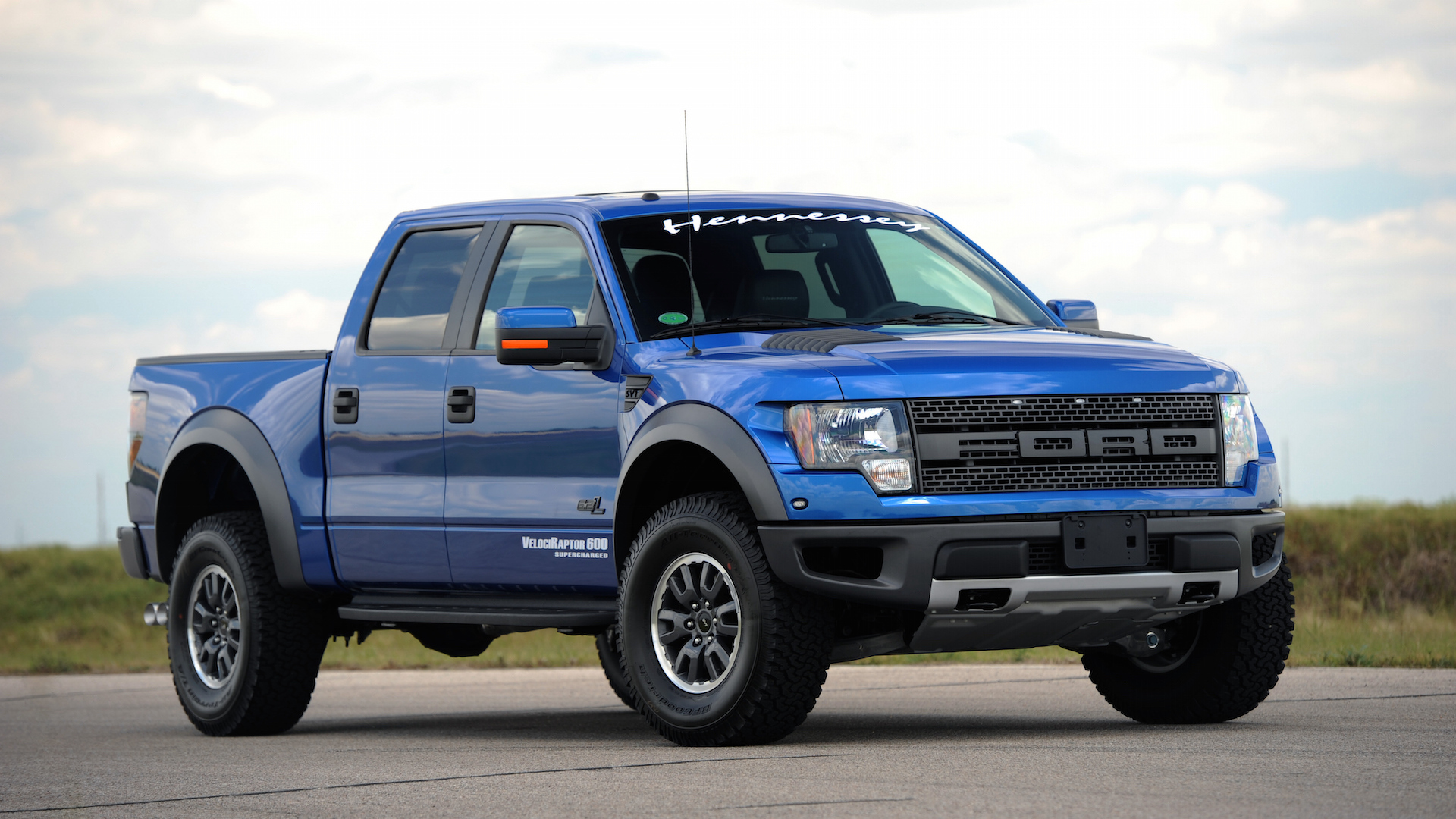Hennessey Velociraptor 600 And 800 Based On Ford F 150 Svt Raptor 6 2