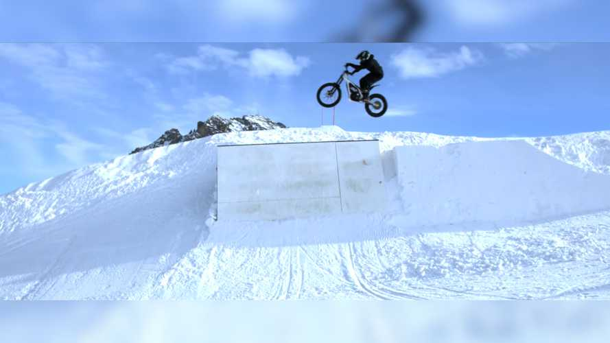 This Is What Happens When You Take An Electric Bike To A Snow Park
