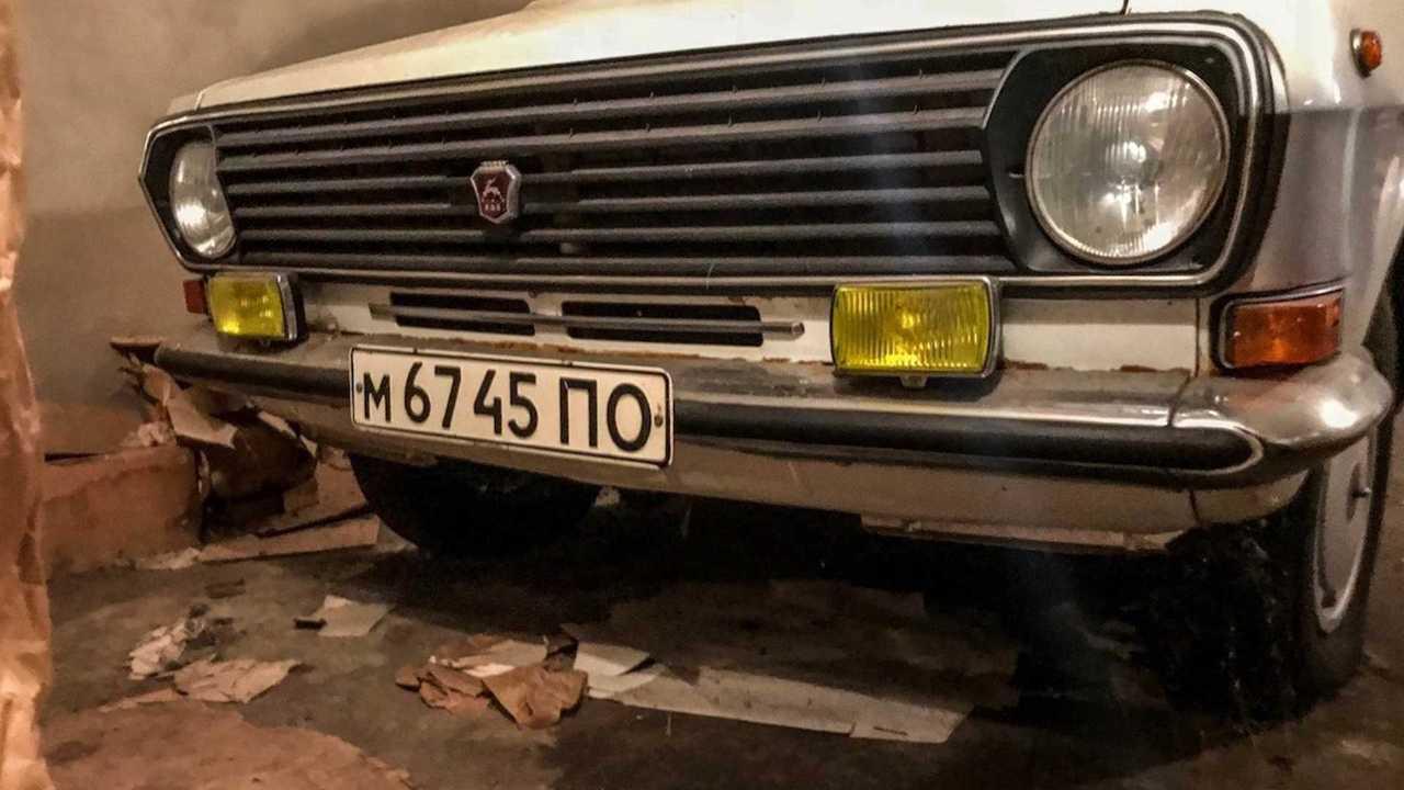 ГАЗ-24-10