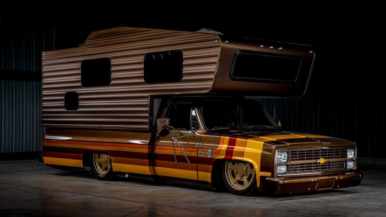 Custom 1983 Chevrolet C30 Camper