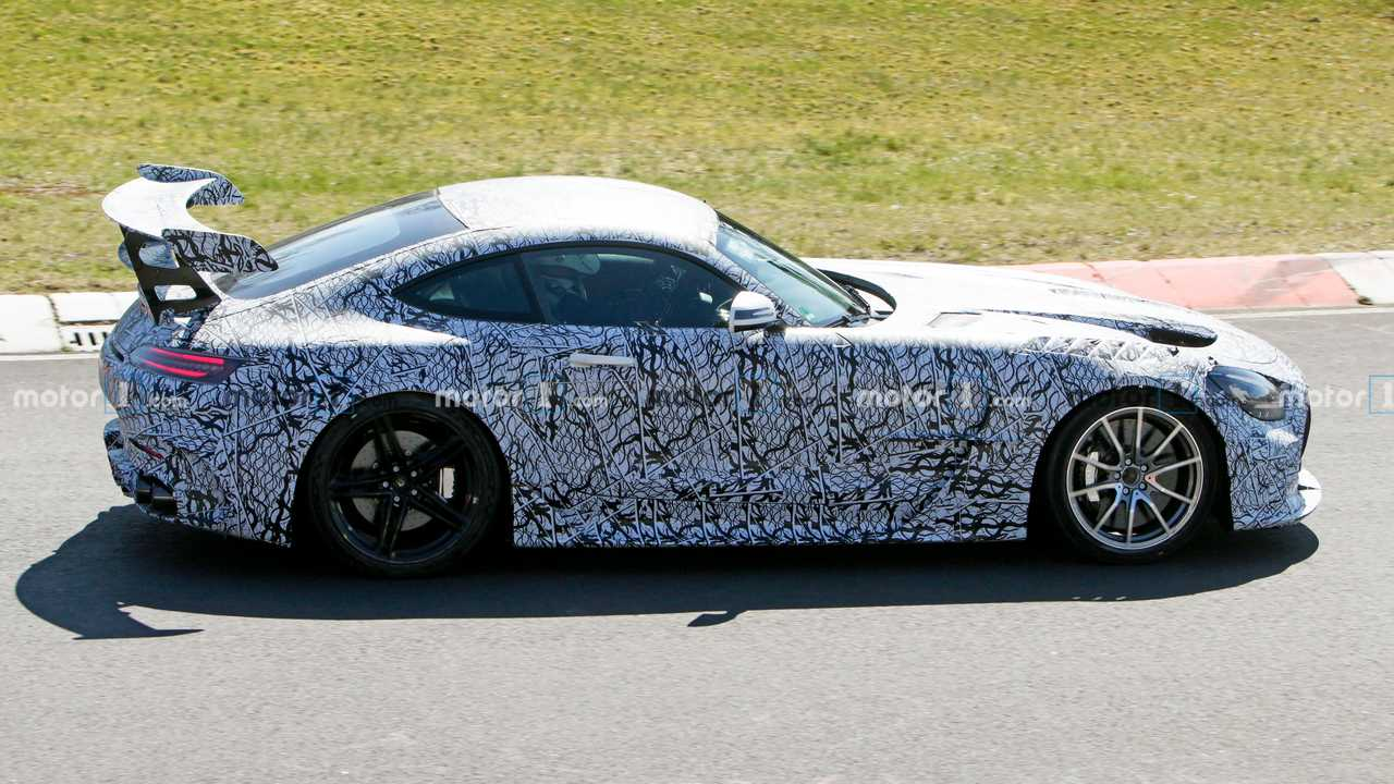 2021 Mercedes-AMG GT Black Series yeni casus fotoğraflar