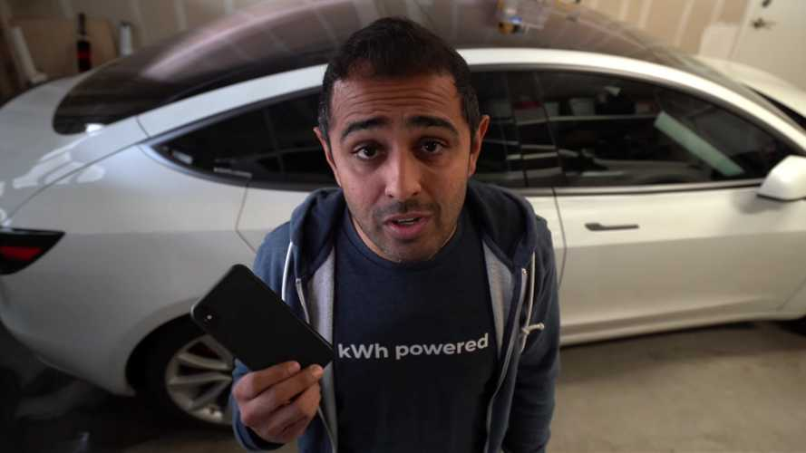 Roadie Is A Device That Lets You Watch Tesla-Made Videos Immediately
