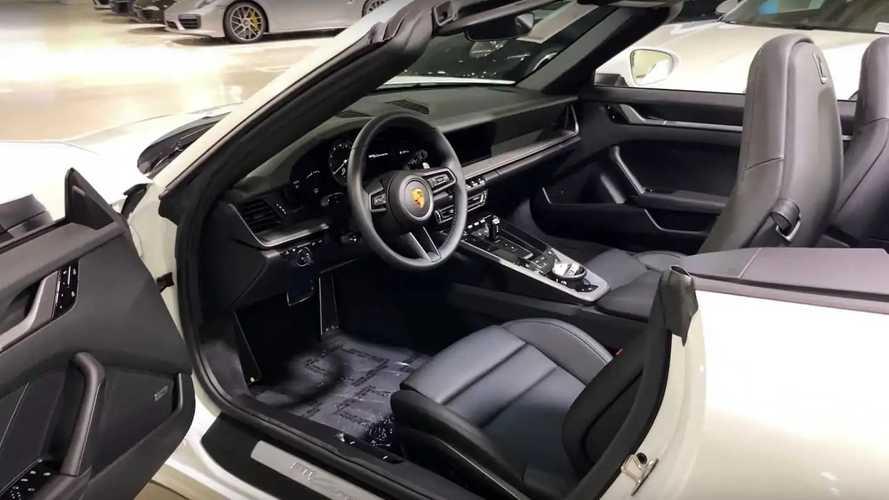 Porsche 911 (992) interior comparison