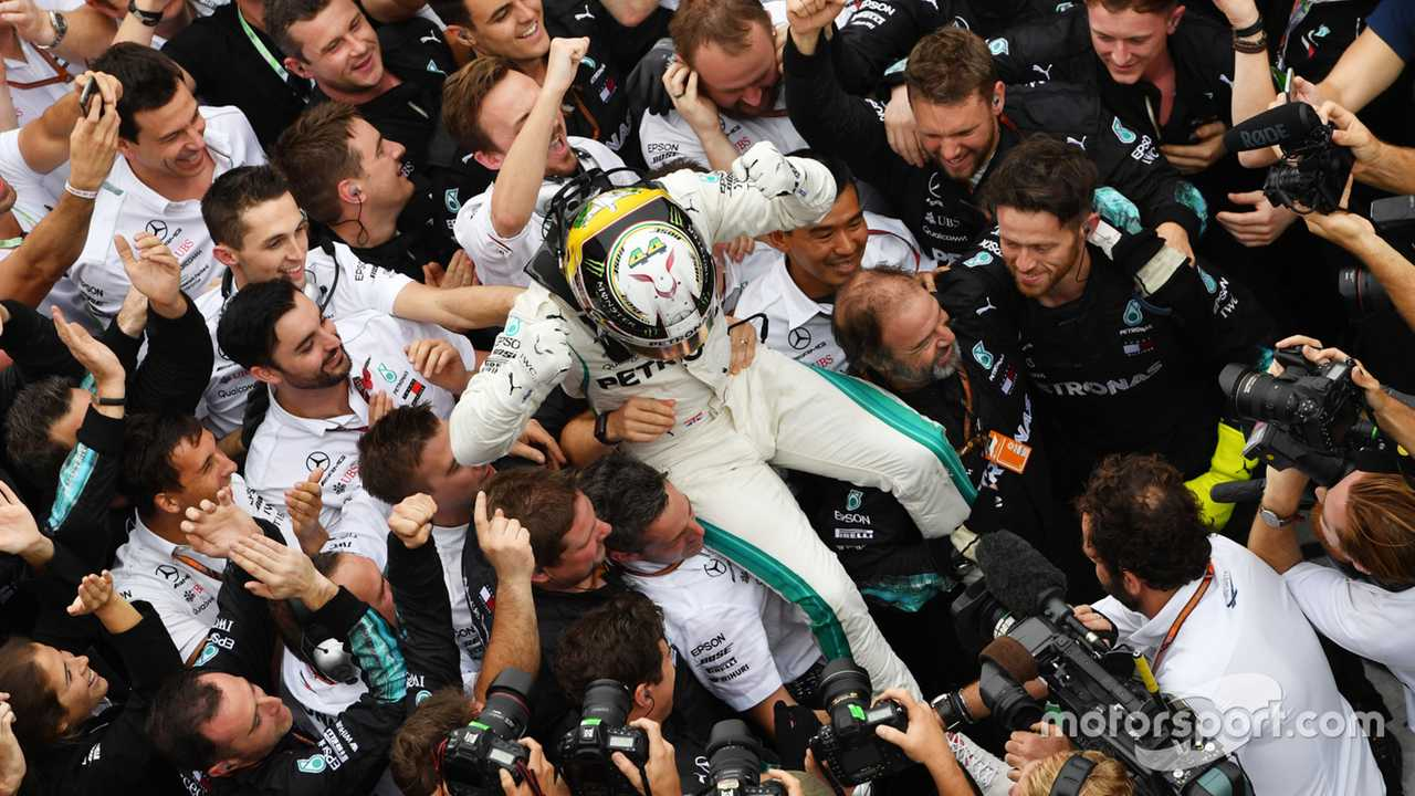 Lewis Hamilton celebrates Brazilian GP 2018 win