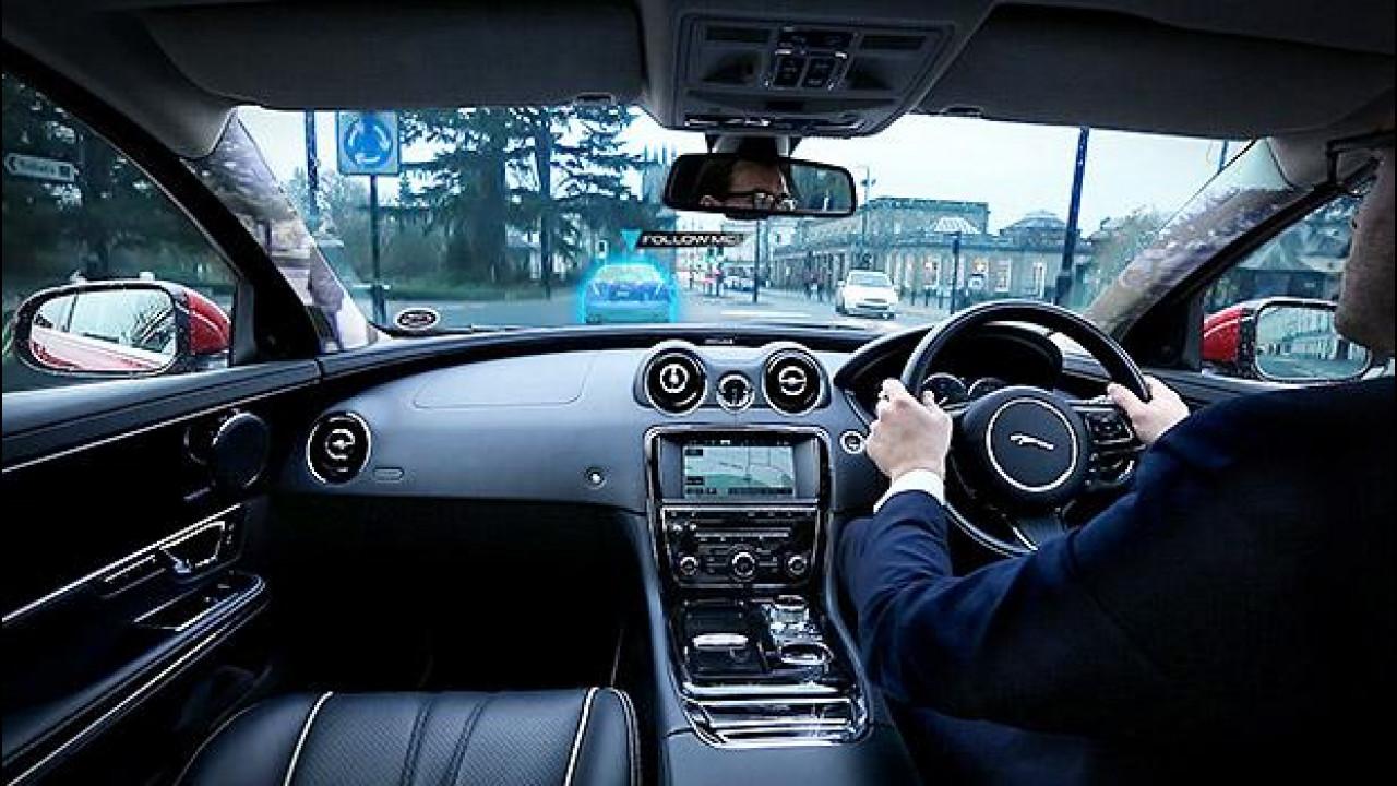 [Copertina] - Jaguar Land Rover, addio montanti