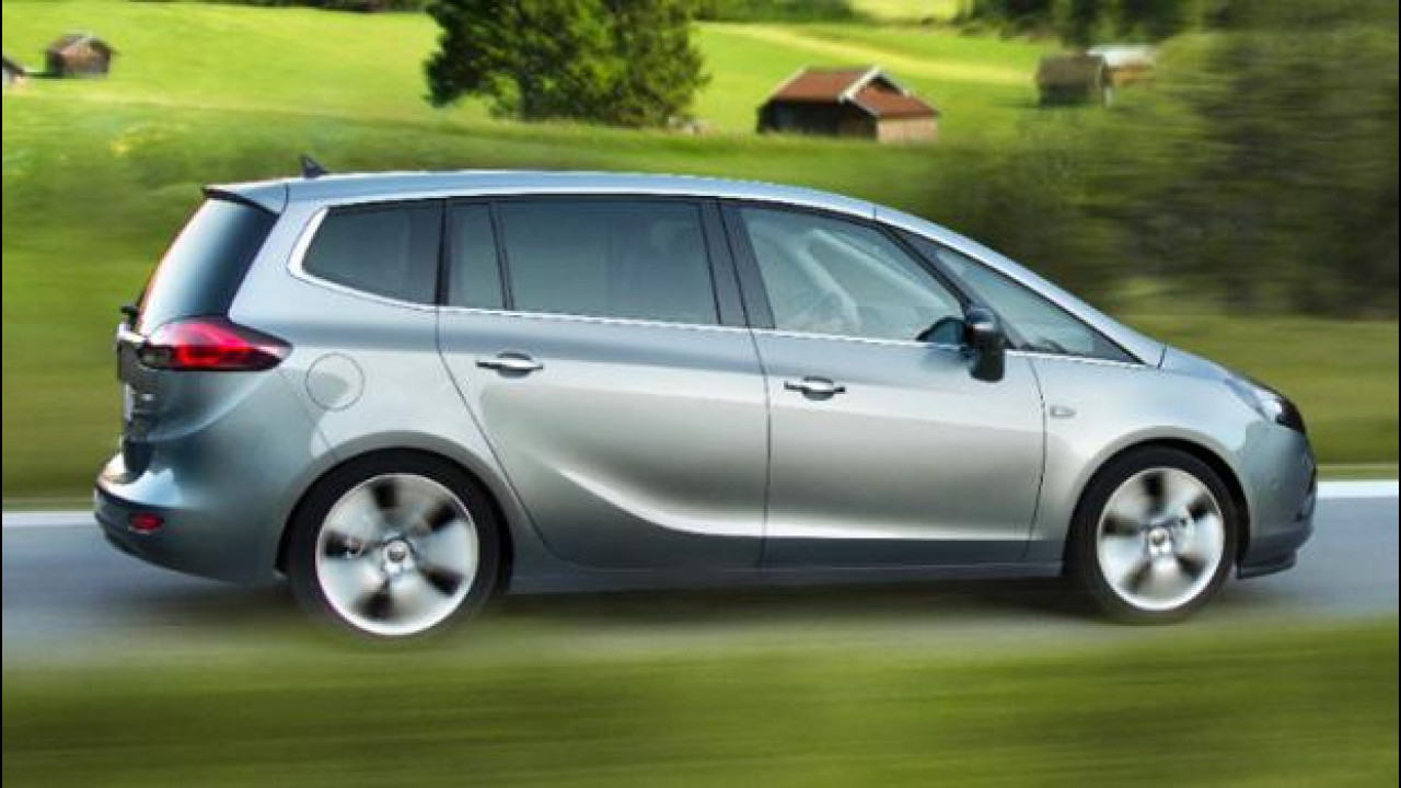 [Copertina] - Opel Zafira Tourer 1.6 CDTI
