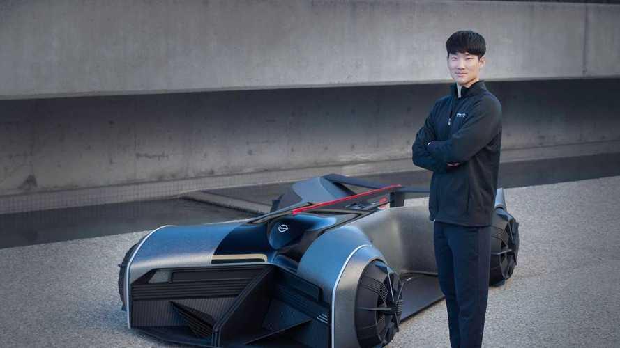 Nissan показал GT-R, который нужно водить лежа