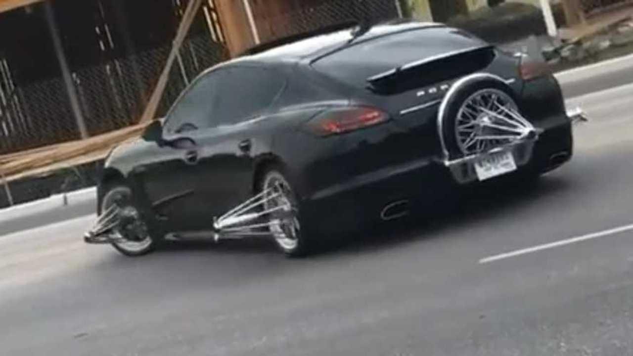 Porsche furcsa felnikkel