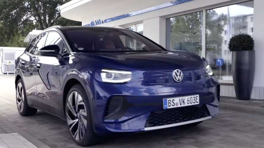 Volkswagen ID.4: SUV elétrico aparece (de novo) quase limpo em vídeo oficial