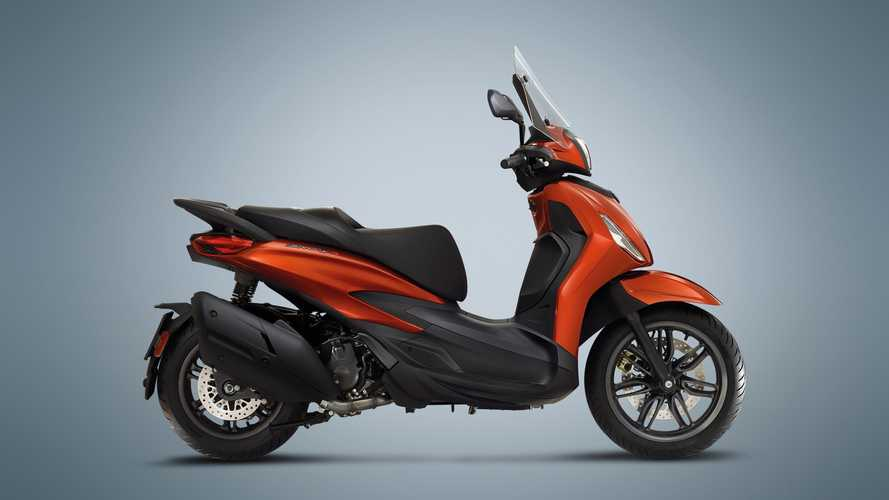 Piaggio Beverly 300 HPE and Beverly 400 HPE S